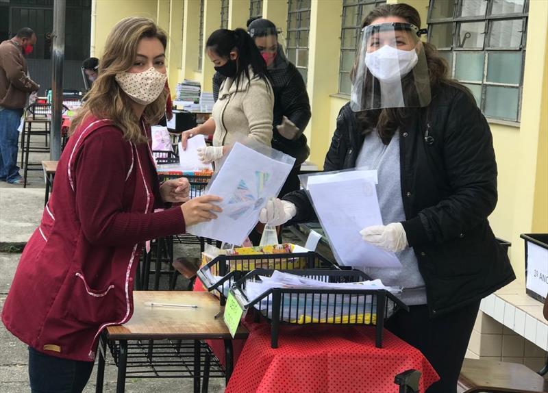 Educação já entregou 2,5 milhões de kits pedagógicos desde o início da pandemia. Foto: Divulgação