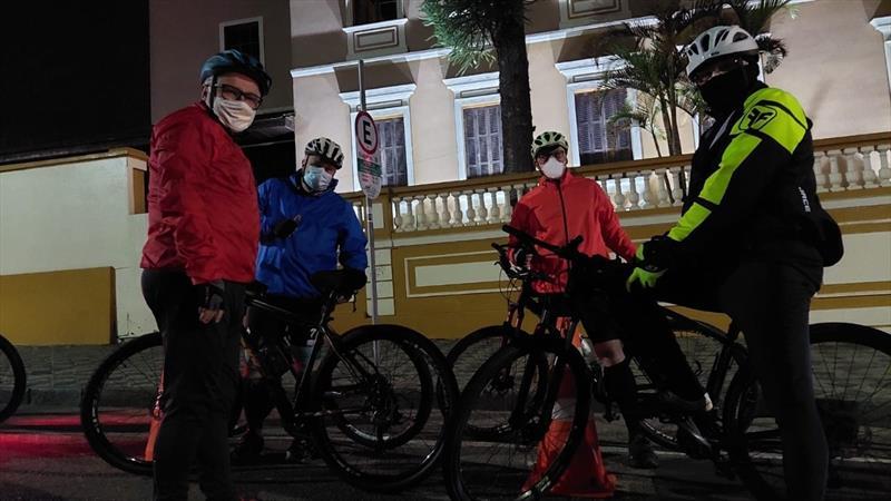 Pedala Curitiba da CIC e do Bairro Novo celebram o Dia Mundial Sem Carro. Foto: Divulgação