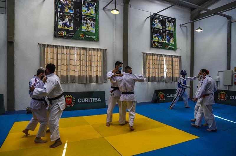 Clube de Lutas Tatuquara, uma parceria entre a Prefeitura e a Federação Paranaense de Judô., que vai oferecer opções de esportes para os moradores do Bairro Tatuquara - Curitiba, 23/09/2021 - Foto: Daniel Castellano / SMCS
