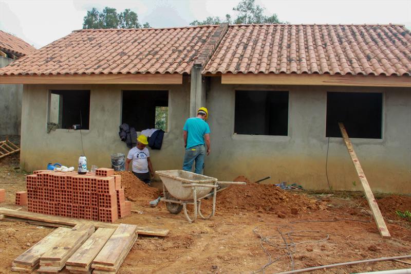 Cohab oferta projetos gratuitos para famílias com renda até 5 salários mínimos.  Curitiba, 29/09/2021 Foto: Rafael Silva