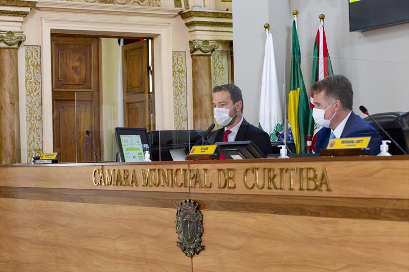 Câmara vota em primeiro turno projeto que altera a Lei Orgânica de Curitiba. Curitiba. Na imagem: O presidente do IPMC, Breno Lemos. 13/10/2021. foto: Carlos Costa/CMC