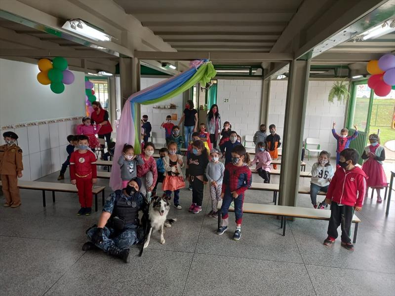 Apresentações da Guarda Municipal divertem estudantes. Foto: Divulgação