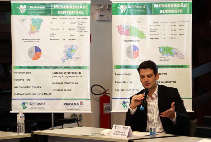 Eduardo Pimentel participa da posse do Conselho Consultivo Estadual (CCE) do Instituto de Desenvolvimento Rural do Paraná (IDR-Paraná).  Curitiba, 20/10/2021.  Foto: Lucilia Guimarães/SMCS