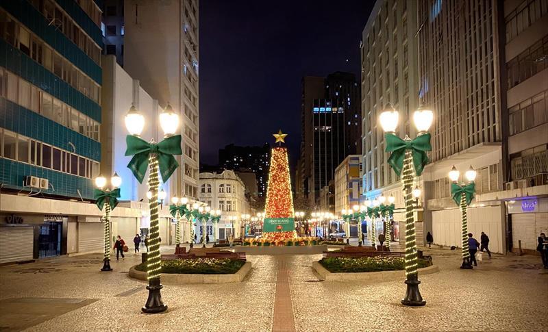 Natal O Boticário na Rua XV de Novembro.