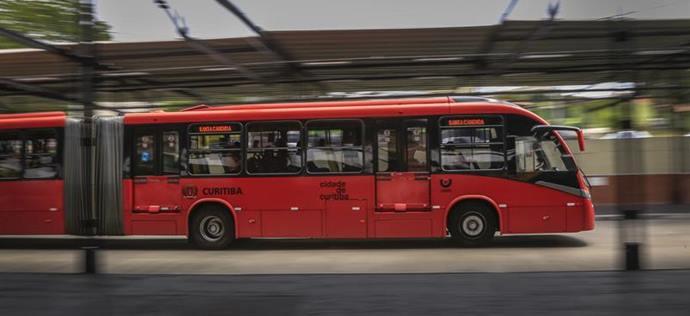O número de passageiros teve redução de 24,6%, o que significou 97 mil usuários a menos por dia, após as medidas mais restritivas para conter o avanço da covid-19. Foto: Luiz Costa/SMCS