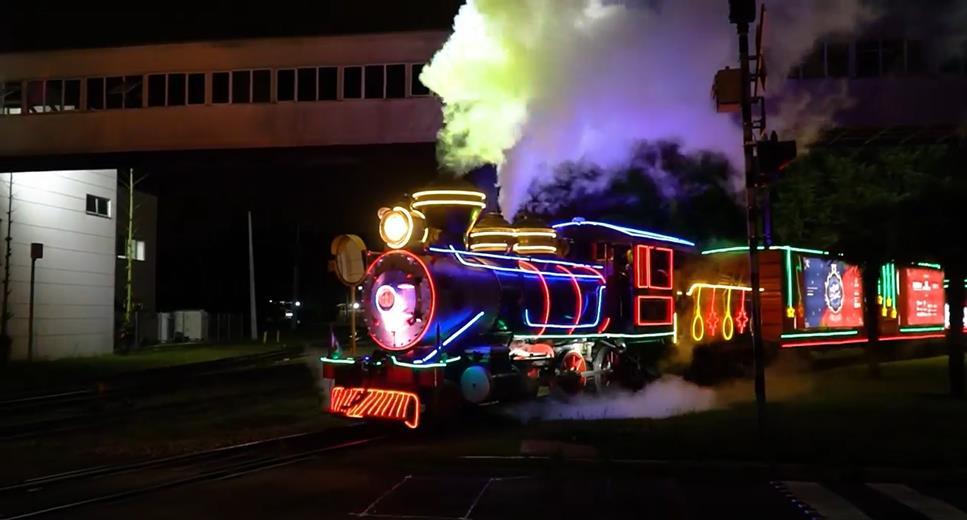 A Maria Fumaça da operadora ferroviária Rumo, já está circulando pela cidade